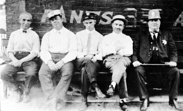 Peiser the tailor, Klink the milkman, the delivery man, the Italian restaurant owner, O'Hearn the policeman—copyright (c) 2015 by the Center for Southern Folklore (from the Peiser Family Collection)