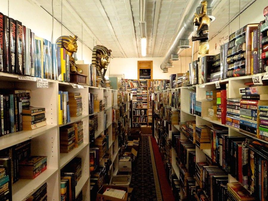 bookmanbookwoman shelves