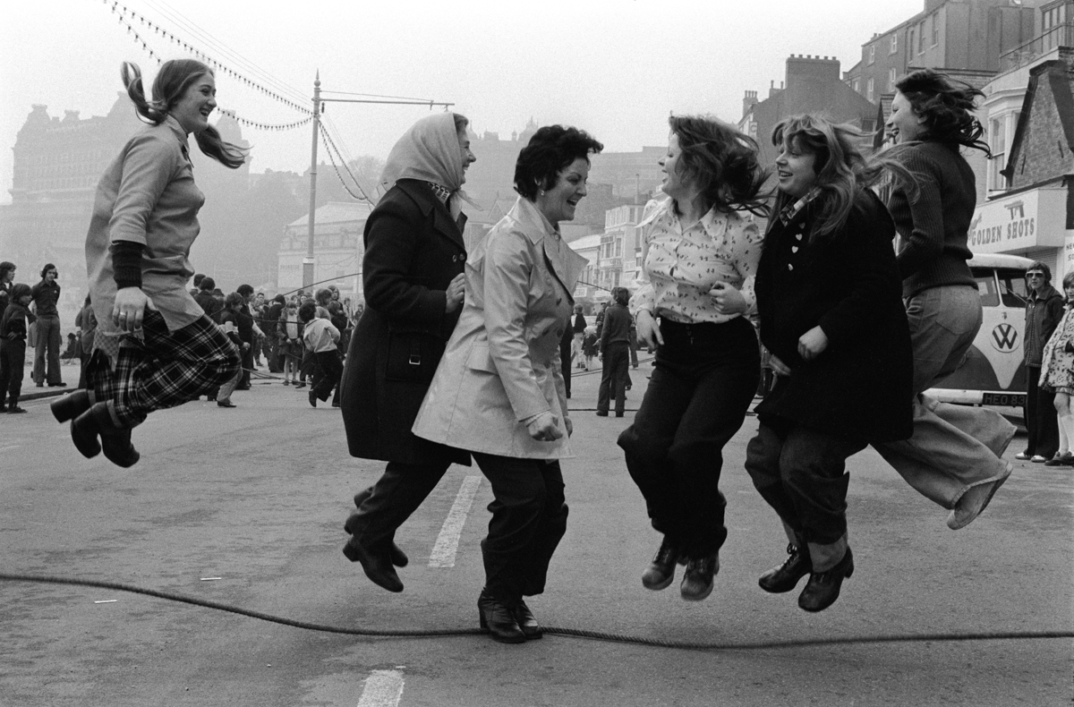 016 Scarborough Yorkshire Shrove Tuesday Skipping ENGLISH COUNTRY CUSTOMS BRITAIN 1970's._