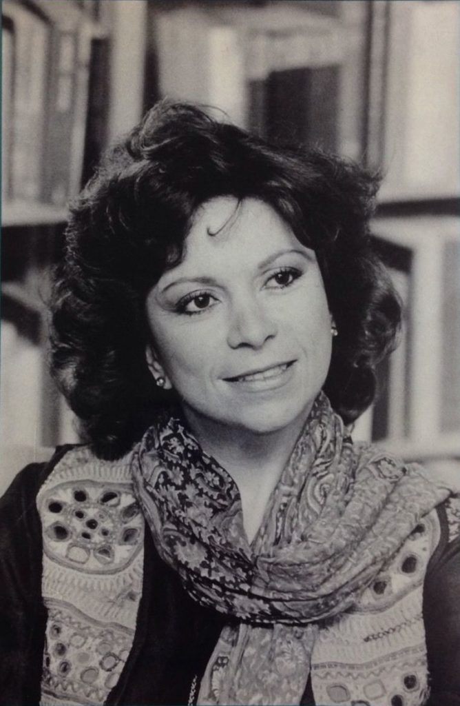 Isabel Allende first author photo