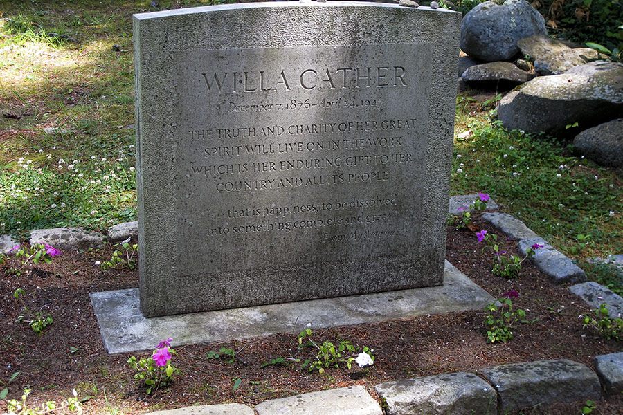 Willa Cather grave