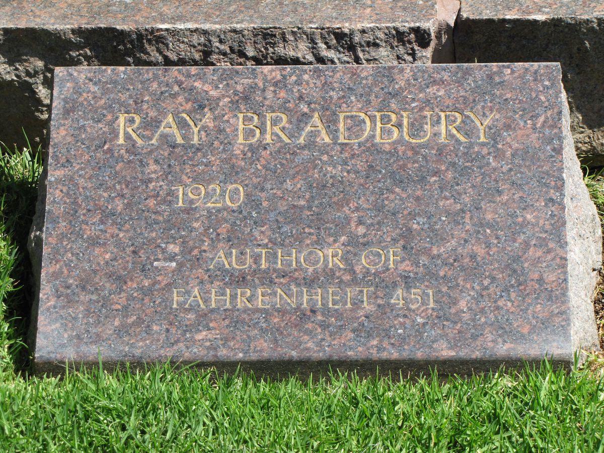 ray bradbury grave