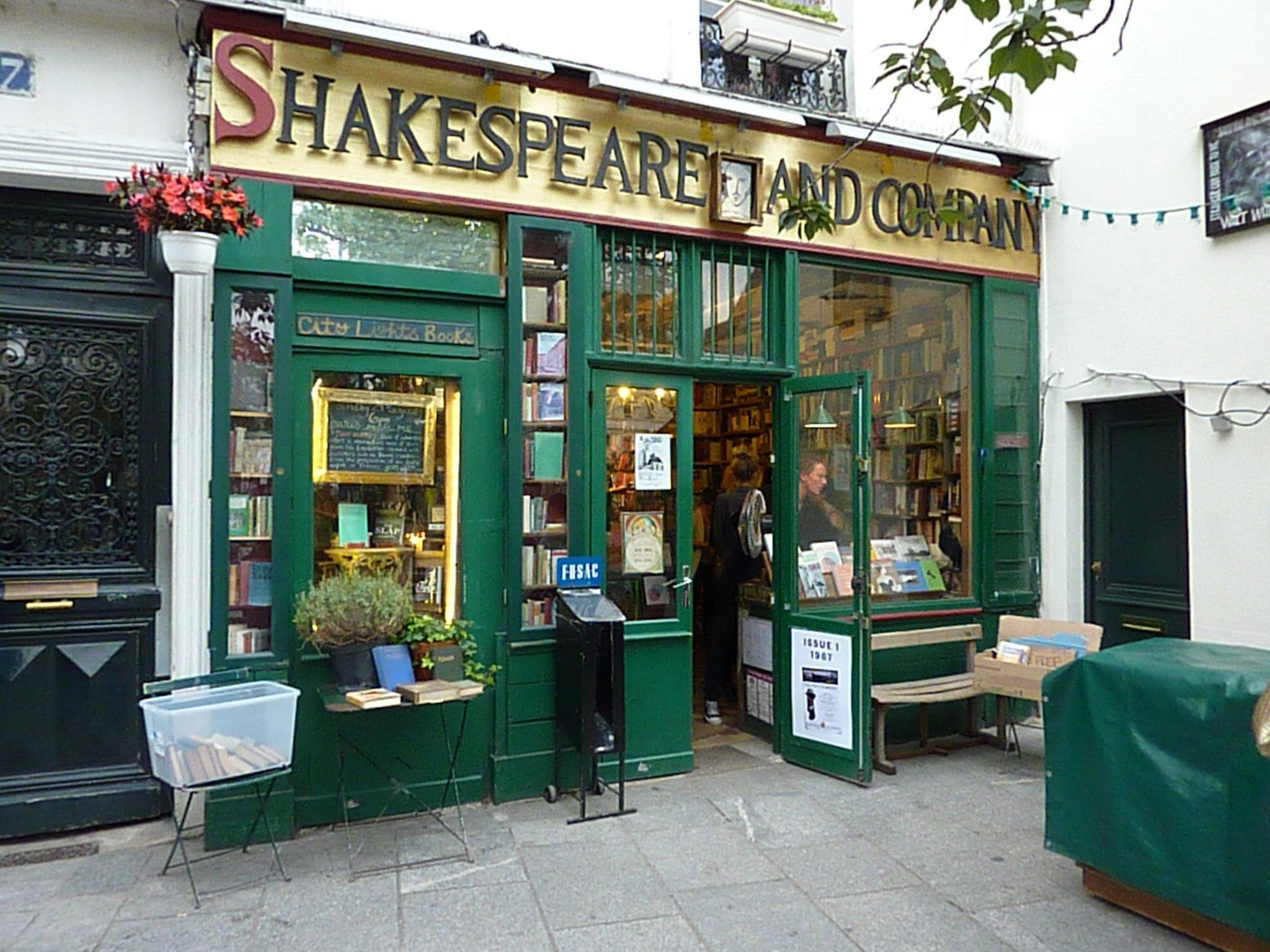 Αποτέλεσμα εικόνας για famous bookstores