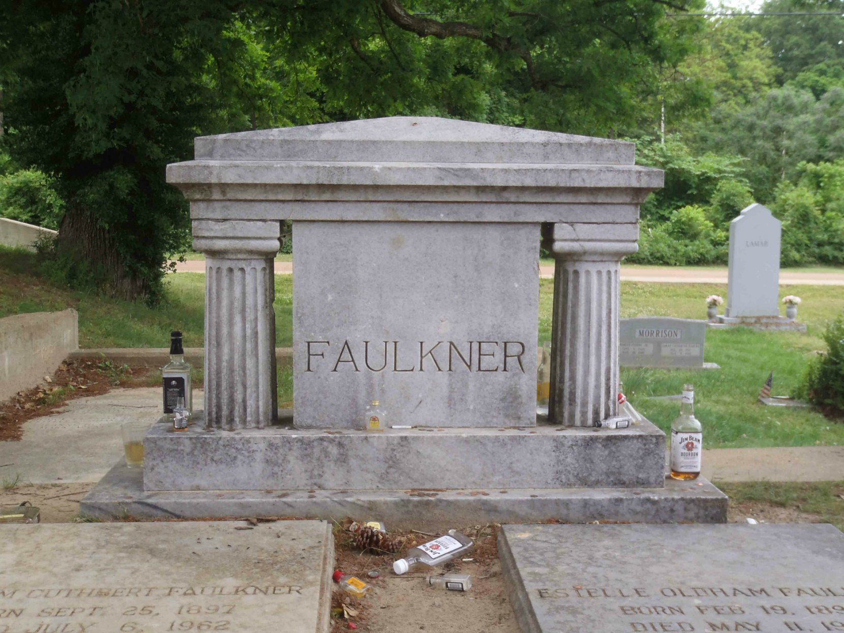 william faulkner grave