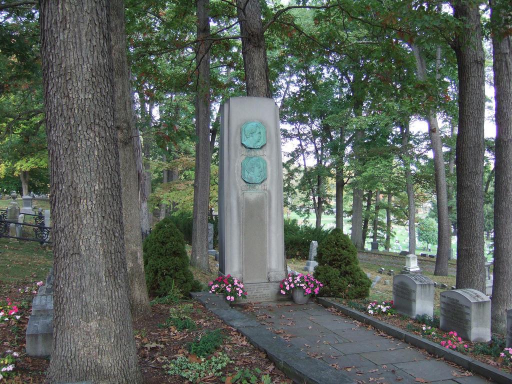 Mark Twain grave