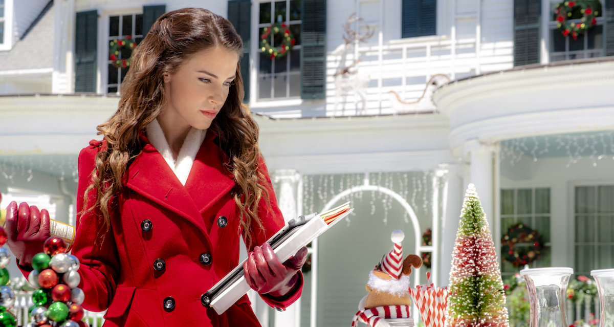 Stop Trying to Make Pride and Prejudice a Christmas Story