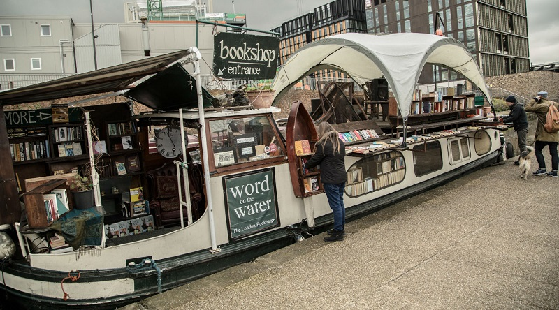 Selling Books in London from a 100-Year-Old Dutch Barge