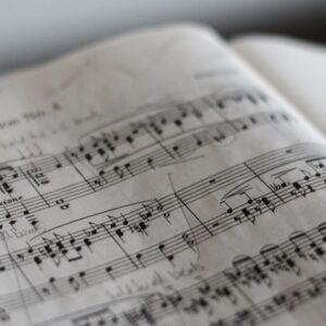 Reading <em>Finnegans Wake</em> Musically <em>Might</em> Help Make Sense of It