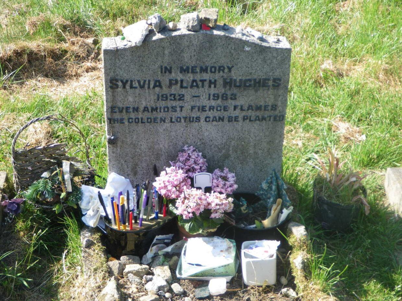 Sylvia Plath tombstone
